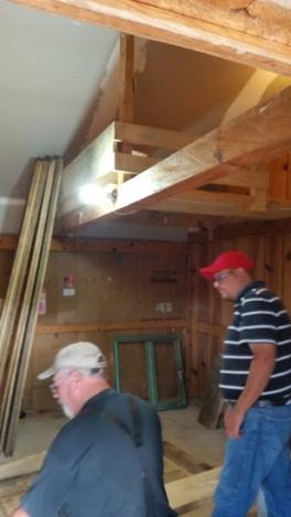 Ramon built a loft with a bed for Senen's son Manuel.